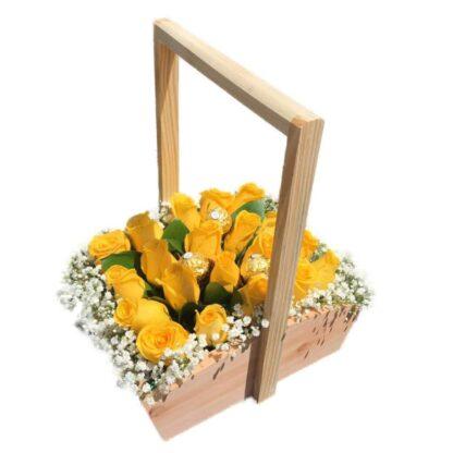 Cofre De Rosas Amarillas